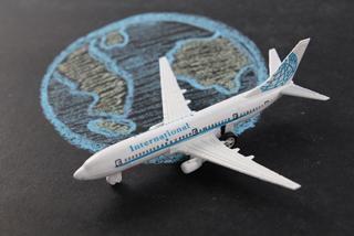 インターナショナル飛行機